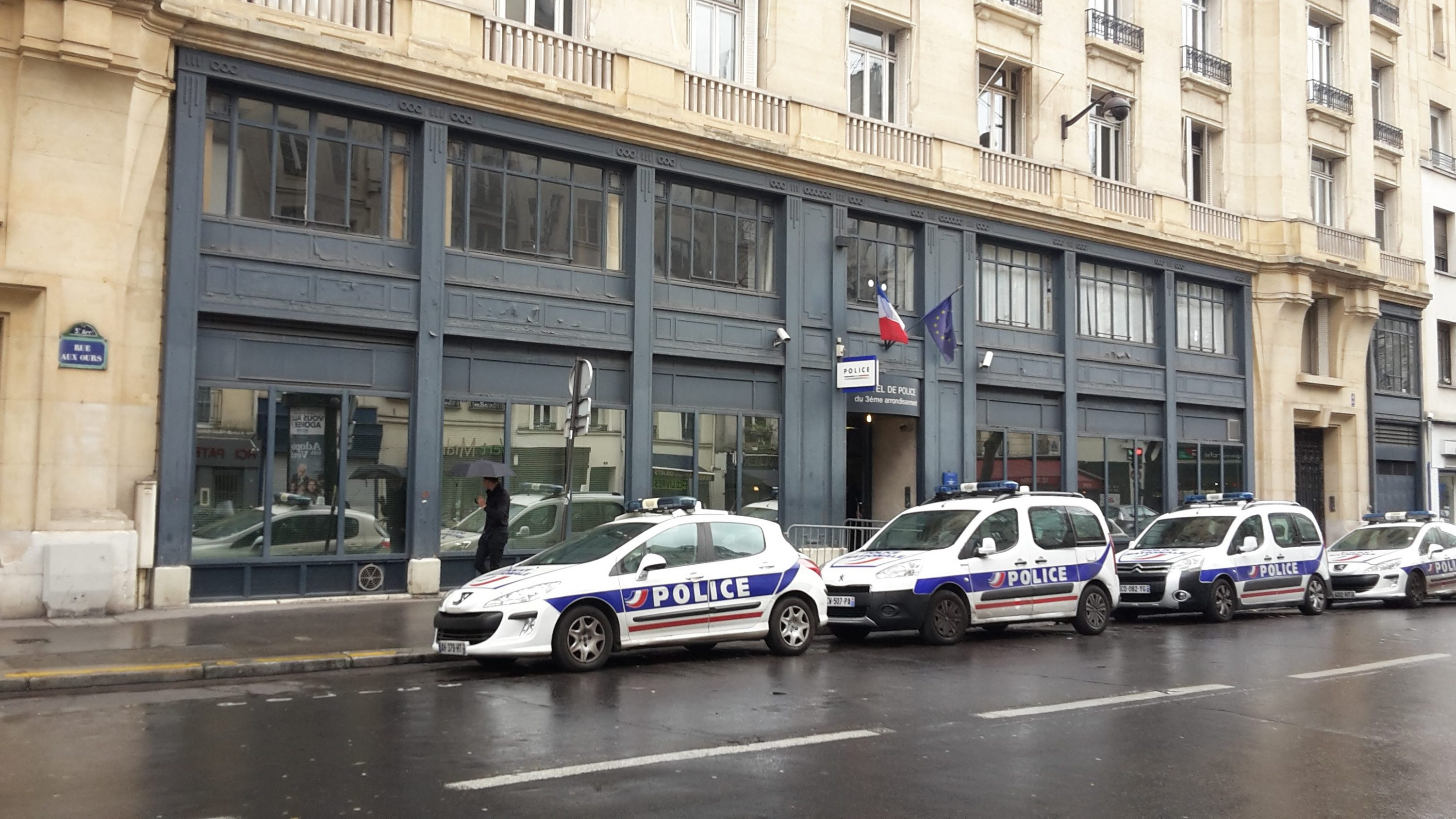 Commissariat central de police du 3 me arrondissement for Bureau de poste paris 13 italie