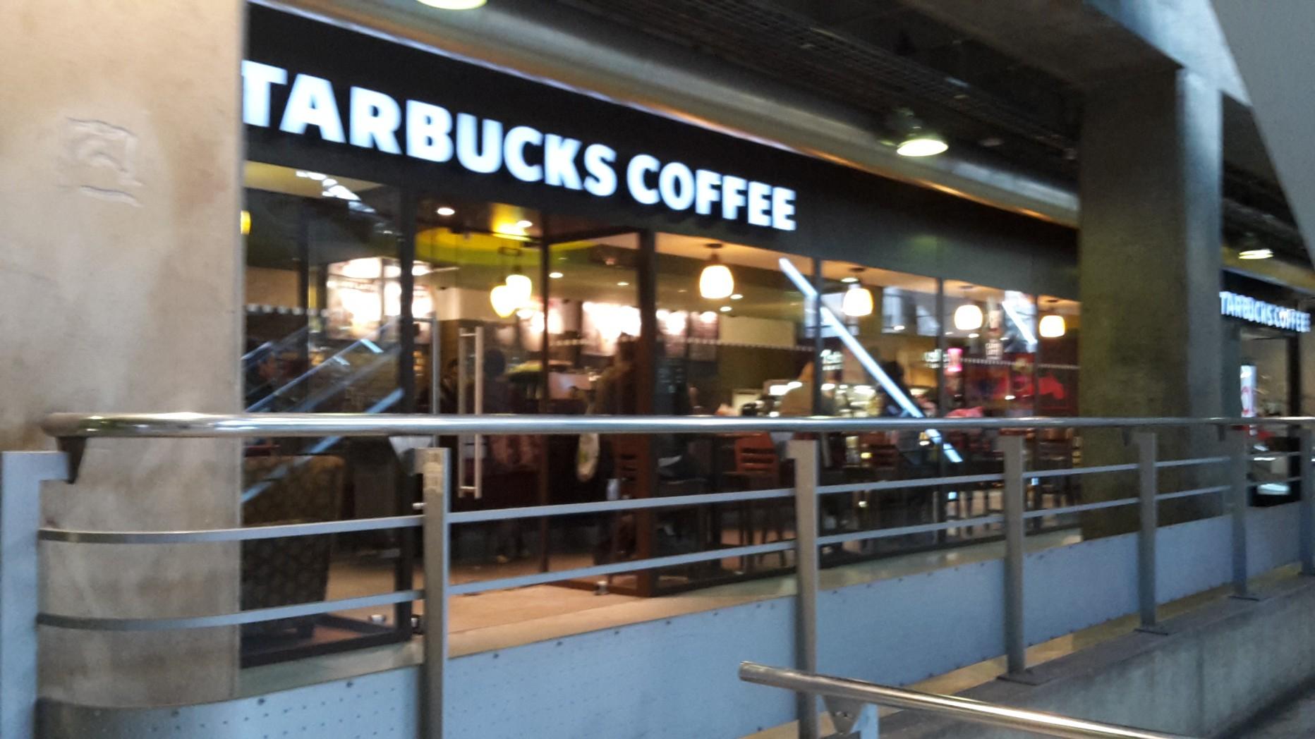 Starbucks Gare Montparnasse