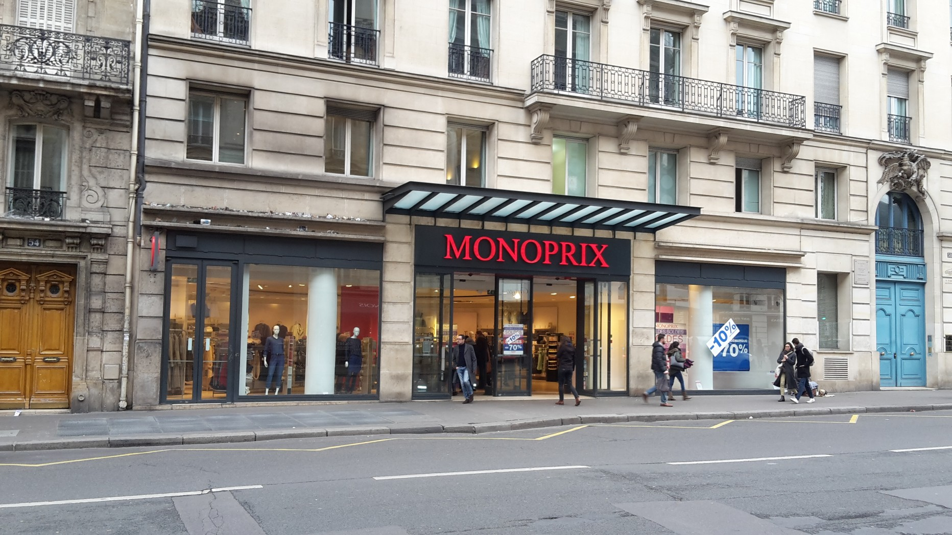 monoprix dragon paris en m tro
