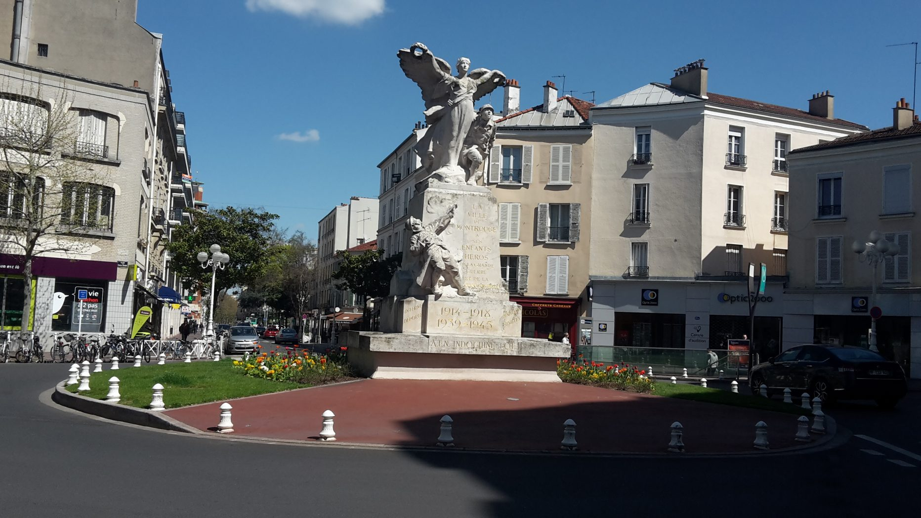 monument aux morts de montrouge paris en m tro. Black Bedroom Furniture Sets. Home Design Ideas